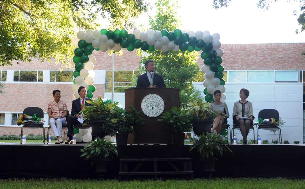 President Cost speaks to a crowd of students, faculty, alumni and visitors at the opening of JU's new state of the art $8 million College of Health Sciences building.