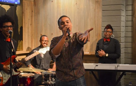 JU music business major, Jacobe King, pianist Jazzmin Galmore and guitarist Skyler Dicchoy perform live music in the River House  Jan. 22 at 7 p.m.