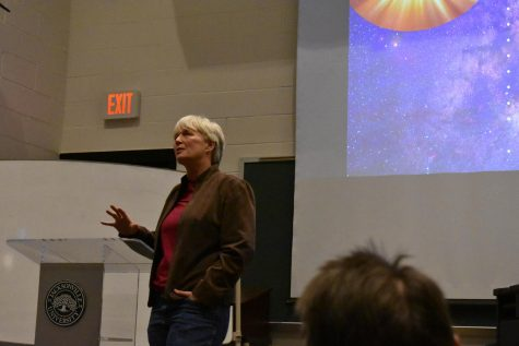 Ratio Christi holds lecture on science and faith
