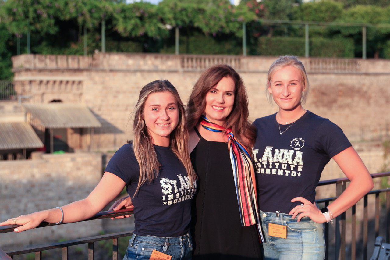 Dr. Willette with students Sylvia Dean and Sara Ann Wicks during study abroad in Sorrento, Italy.